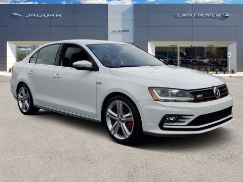 Pre-Owned 2017 Volkswagen Jetta GLI With Navigation